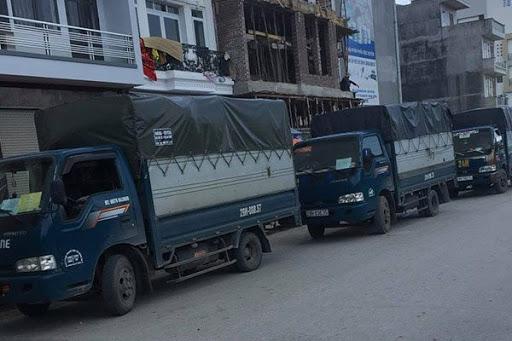 Xe tải chở hàng - Dịch Vụ Chuyển Nhà Trọn Gói