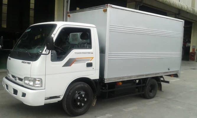 Xe tải vận chuyển nhà trọ