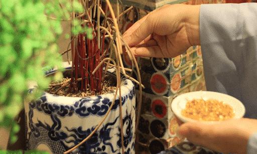 Cách bôc bát hương về nhà mới