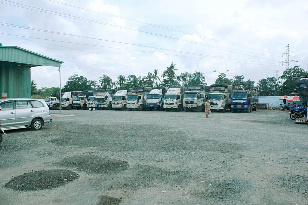 Dịch vụ cho thuê xe tải chở hàng giá rẻ Huyện Hóc Môn tphcm