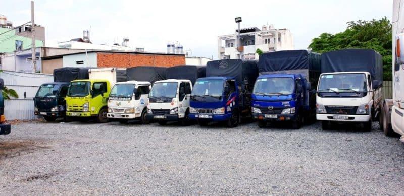 Hệ thống xe tải sẳn sàng phục vụ khách hàng chuyển nhà, văn phòng