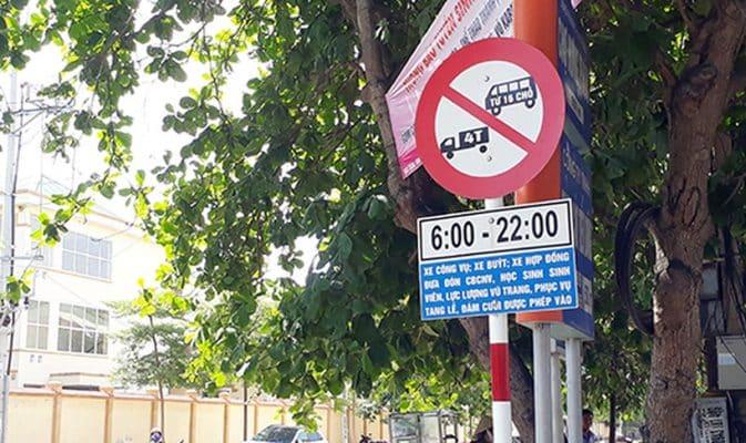 Nhận biết biển báo cấm xe tải từ 4.5 tân trở lên