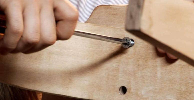 Chuẩn bị dụng cụ để tháo lắp tủ quần áo