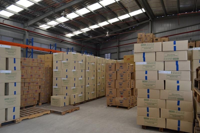 Dịch vụ chuyển nhà trọn gói Viet Moving là đơn vị chuyên bán thùng carton uy tín