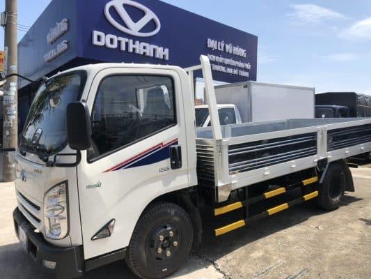 Kích thước thùng xe tải 2,5 tấn là 4m x 1,9m x 2m (dài x rộng x cao)
