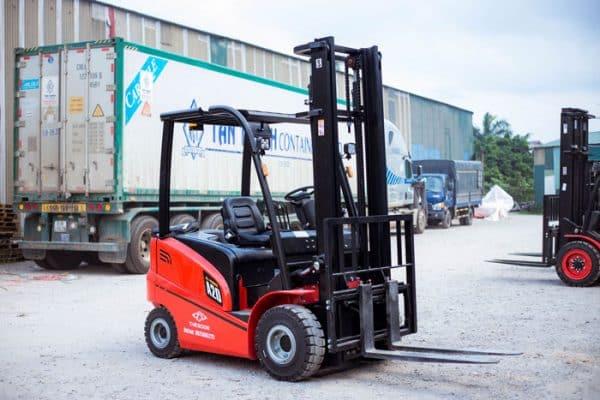 Dịch vụ cho thuê xe nâng hàng giá rẻ Bình Tân tphcm