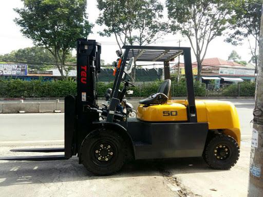 Xe nâng đời mới chất lượng tại Viet Moving