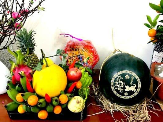 Mâm trái cây cúng thần tài
