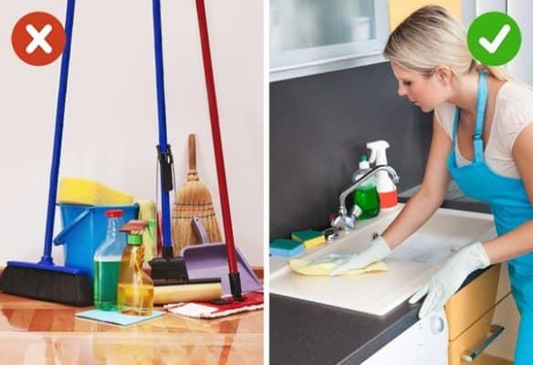 Với những dụng cụ làm sạch cách tốt nhất là các bạn đừng bao giờ gom chúng lại với nhau