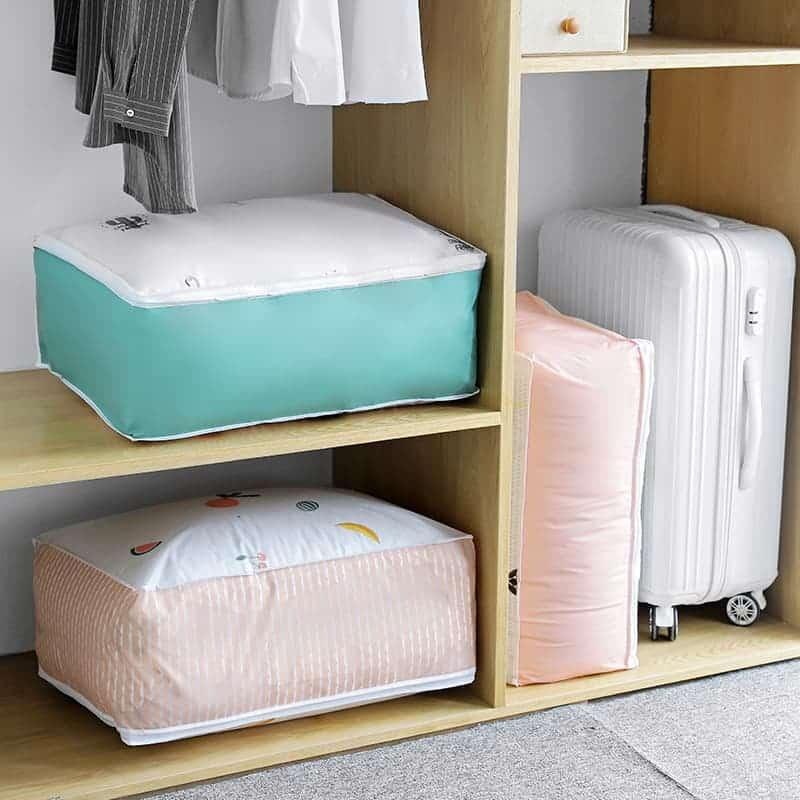 Sử dụng túi lưu trữ để sắp xếp gọn gàng hơn