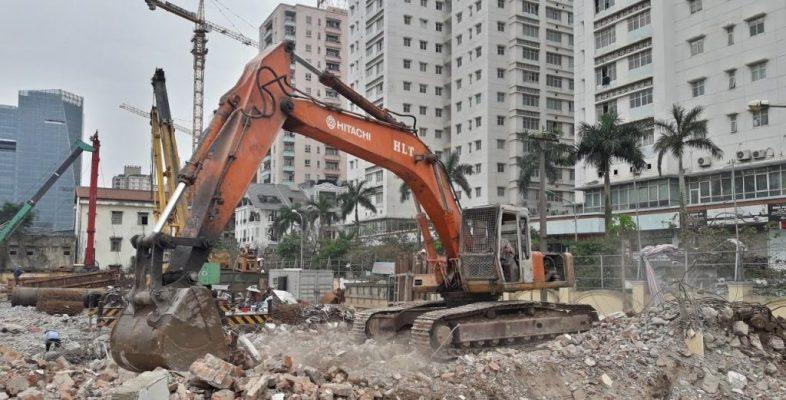 giá vận chuyển phế thải, rác thải xây dựng còn ảnh hưởng nhiều yếu tố khác